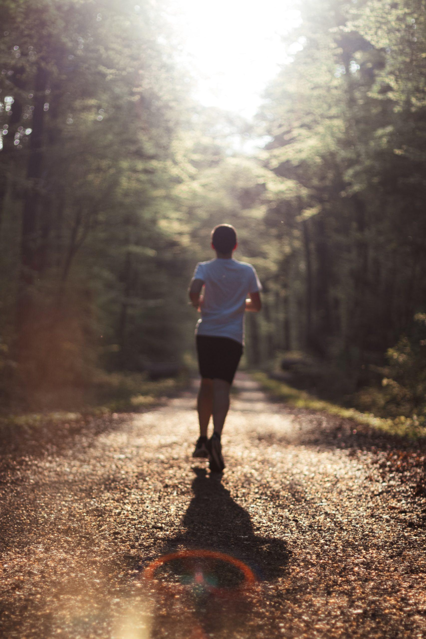 ストレスを溜めない方法③ 心地よい程度の運動、または深呼吸を習慣化